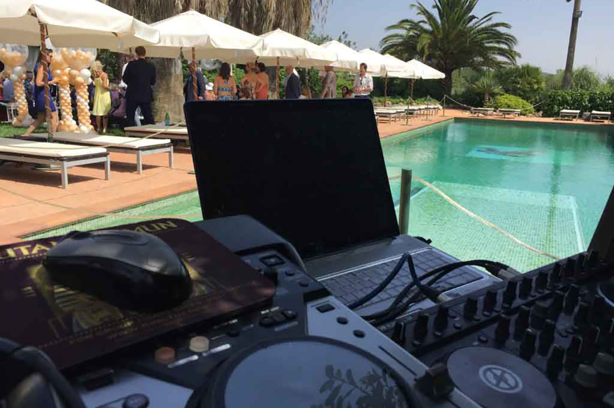 DJ LINNY SPECTRUM DISCO ibiza wedding photography