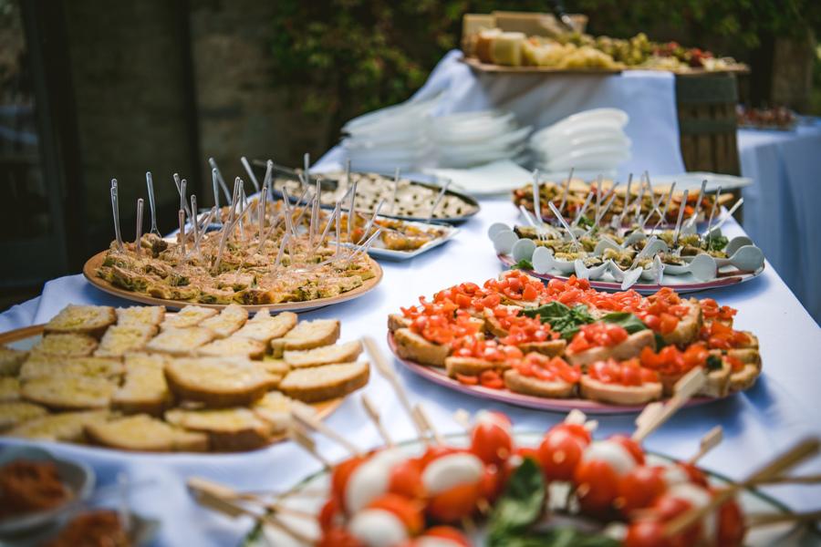 Jessica & Dan's Foodie Livernano Estate Wedding in Tuscany 2