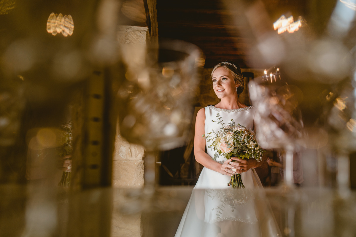 Nicola and Joel fell head over heels for Liopetro Venue for their destination wedding in Cyprus. Find inspiration and tips for your own wedding abroad here. Beziique Cyprus Wedding Photographer