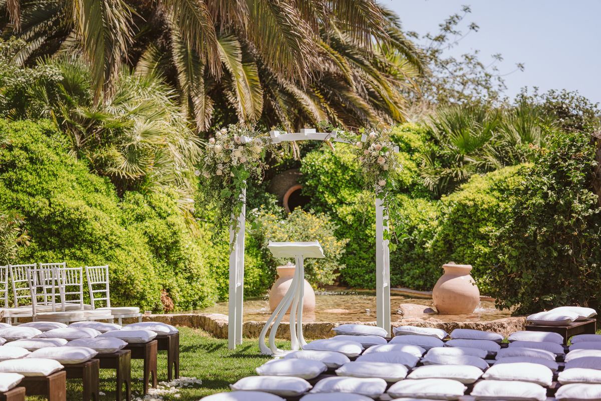 Iain & Sophie's Enchanting White Agroturismo Can Gall Ibiza Wedding 12